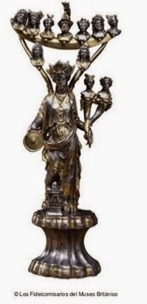 Estátua de plata de la Diosa Tutela