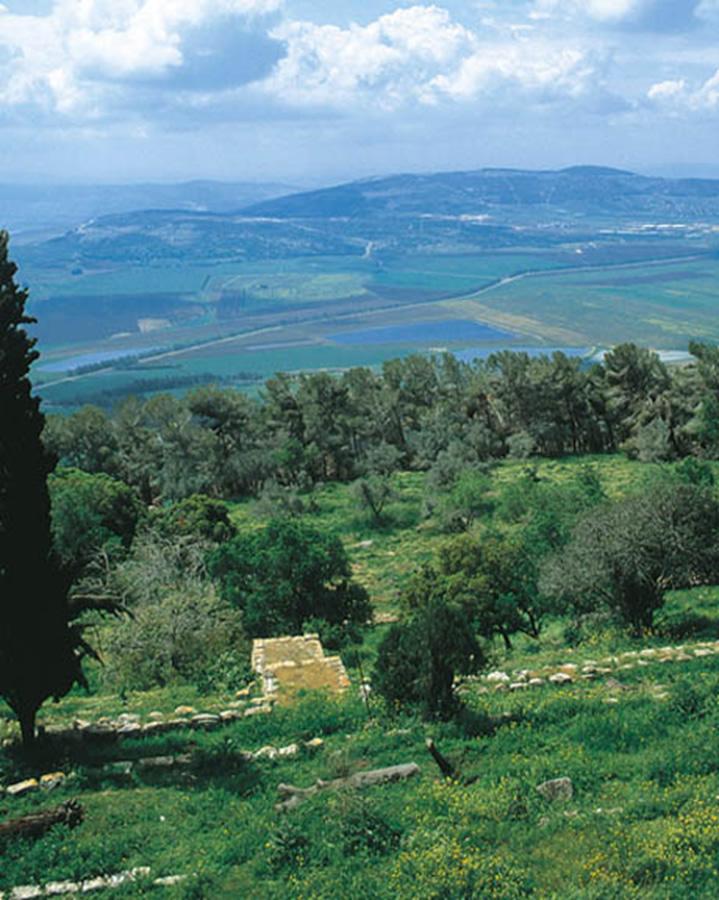 Vista del valle de Jezreel desde el monte Tabor